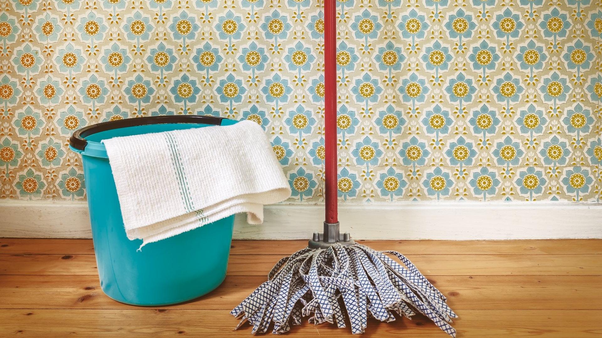 Pielęgnacja i mycie podłóg