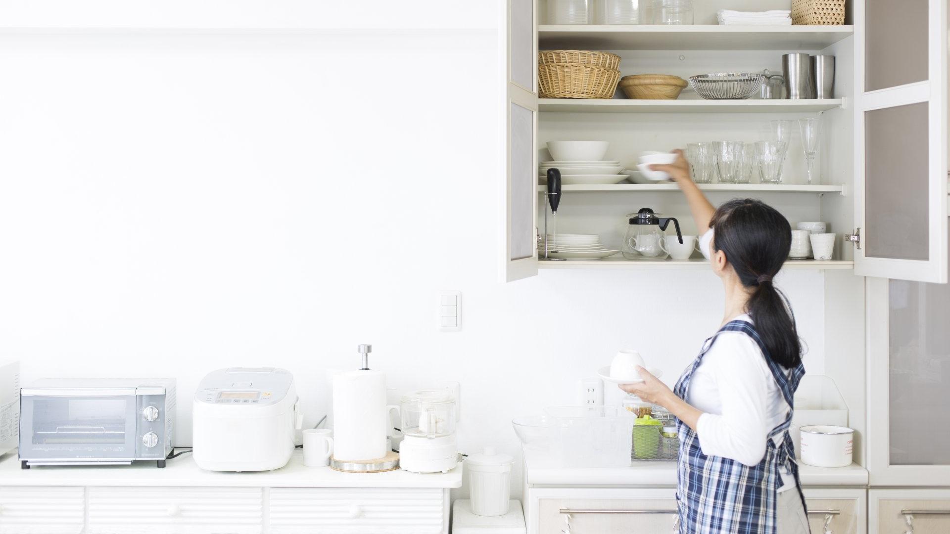 4 triki, które pozwolą Ci utrzymać porządek w kuchni